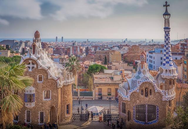 barcelona-3233593_640